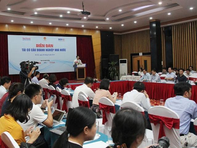 """Nhà đầu tư Việt mua cổ phần vì """"đất vàng"""" hơn là thương hiệu"""