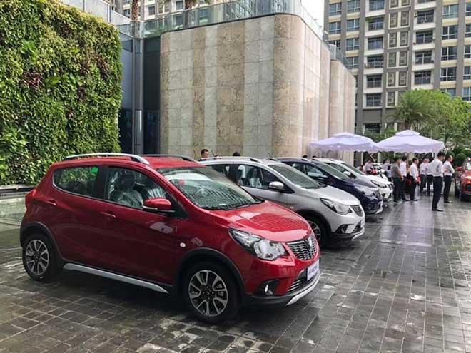 Vinfast tổ chức sự kiện lái thử xe hơi cho nhân viên tập đoàn Vingroup - 1