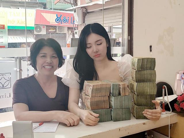 Phim - Vừa định bán nhà Quang Lê mua tặng, Thanh Bi lại khoe tậu nhà tiền tỷ