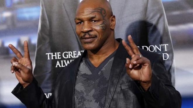 """Mike Tyson lộ """"trò bẩn"""" chấn động: 33 năm """"Vua boxing"""" lừa cả thế giới - 1"""