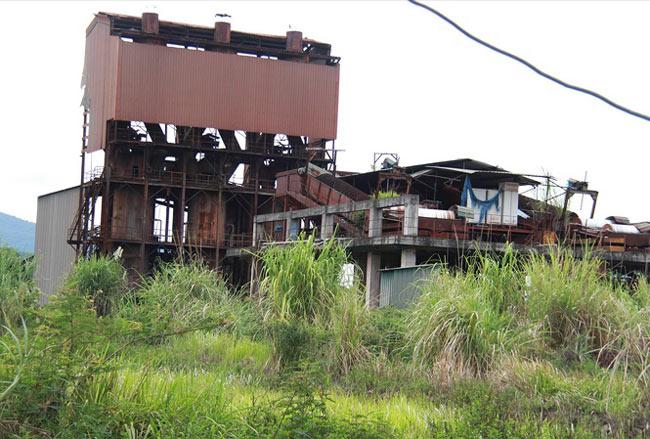 Nhà máy hơn 150 tỷ đồng thành đống sắt vụn - 1