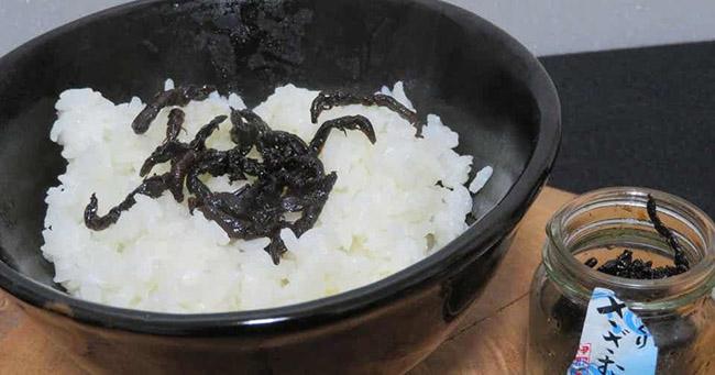 """Đặc sản truyền thống của người Nhật khiến du khách """"rợn người"""" - 2"""