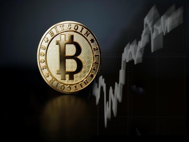 Bitcoin tăng vọt khi thế giới lo sợ suy thoái kinh tế toàn cầu