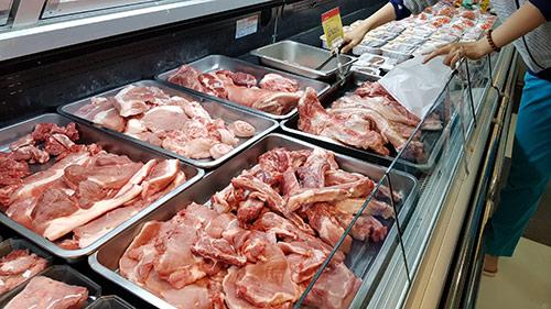 Thịt lợn nhập khẩu giá 23.000 đ/kg có đảm bảo chất lượng? - 1