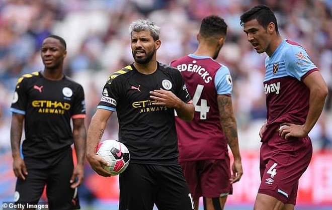 """""""Biến"""" ở Man City: Pep Guardiola chỉ mặt mắng Aguero, siêu sao nổi giận bỏ đi? - 1"""
