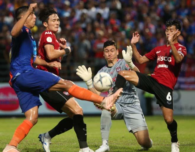 Port - Muangthong United: Văn Lâm nỗ lực, kết quả đắng chát - 1