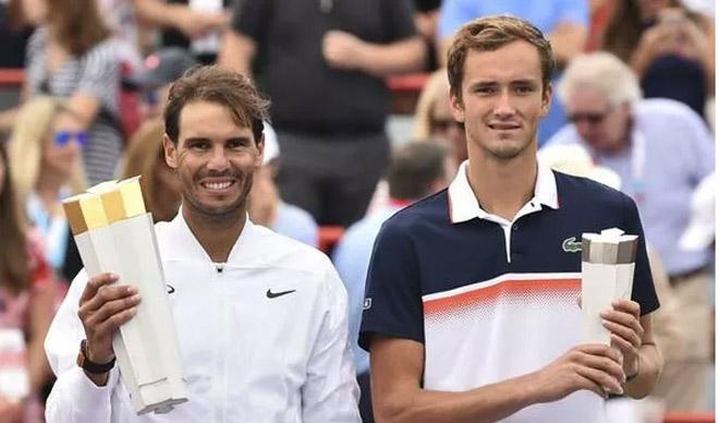 """""""Vua Masters"""" Nadal cho Djokovic, Federer """"hít khói"""": Ra tuyên bố gây sốc - 1"""