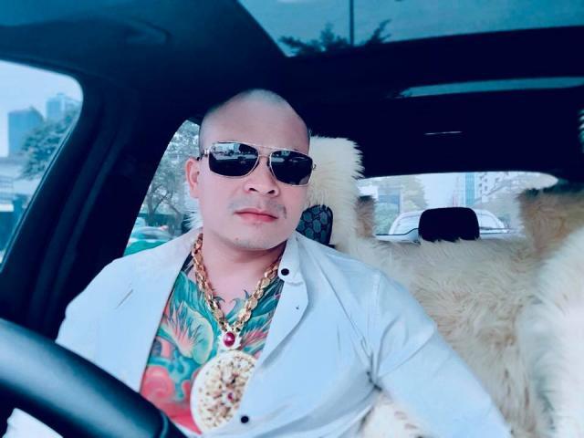1565686733 910 15656867186055 thumbnail Nghệ sĩ Hồng Tơ bị phạt 50 triệu đồng vì đánh bạc
