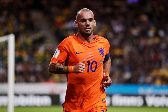 Tin HOT bóng đá tối 13/8: Wesley Sneijder chính thức giải nghệ - 1