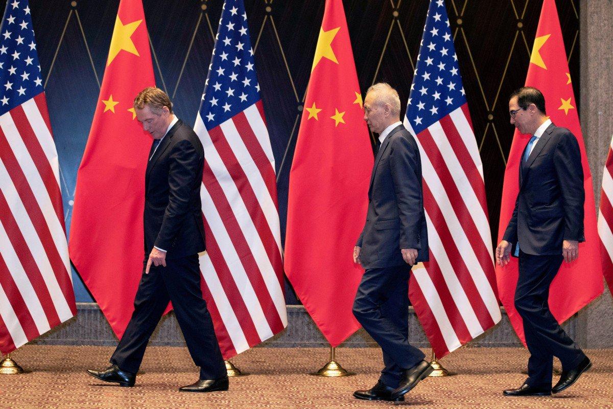 Mỹ bất ngờ tạm ngừng áp thuế một số mặt hàng Trung Quốc - 1