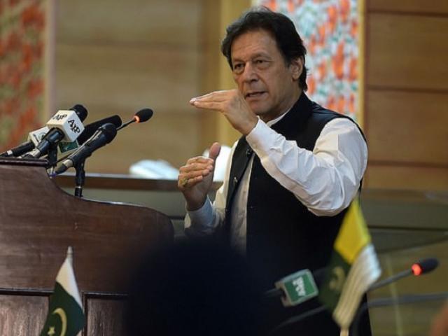 """Thủ tướng Pakistan nói """"dạy Ấn Độ bài học"""", cảnh báo chiến tranh"""