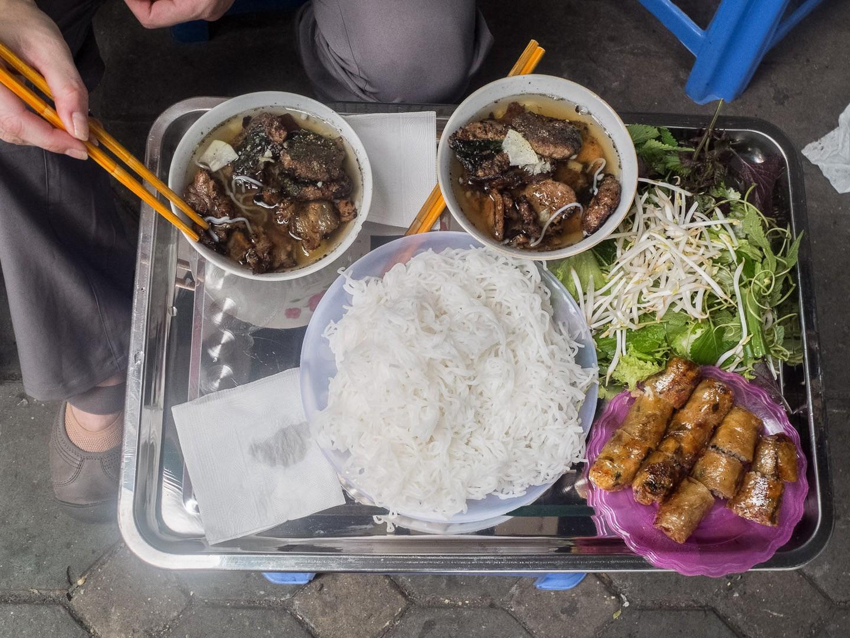 """20 món ăn ngon nhất Việt Nam được báo Tây ví như """"hương vị thiên đường"""" - 6"""
