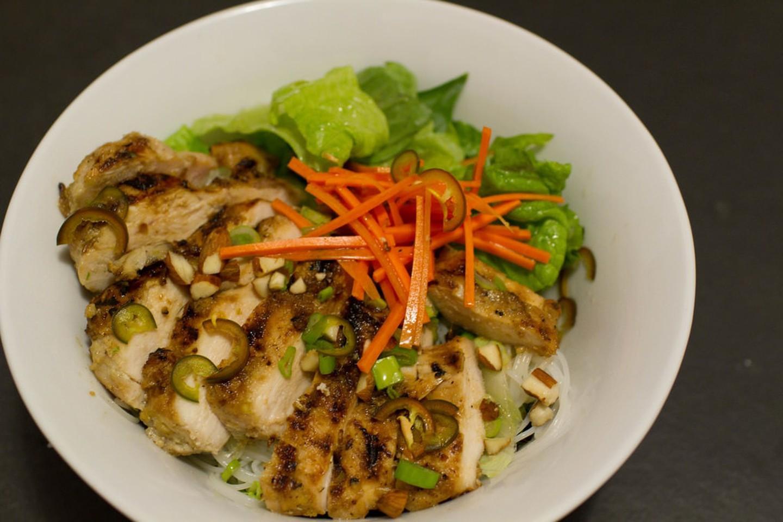 """20 món ăn ngon nhất Việt Nam được báo Tây ví như """"hương vị thiên đường"""" - 9"""