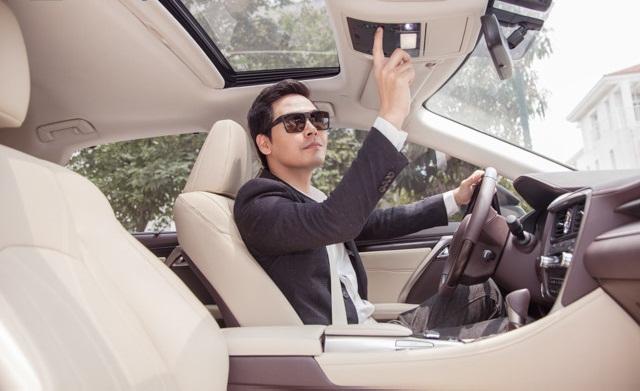 MC Phan Anh rao bán xế sang Lexus 3,3 tỷ, khẳng định không lấy tiền từ thiện - 1