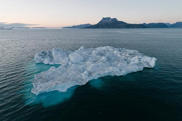 Độc đáo hòn đảo băng tuyết lớn nhất thế giới Greenland - 1