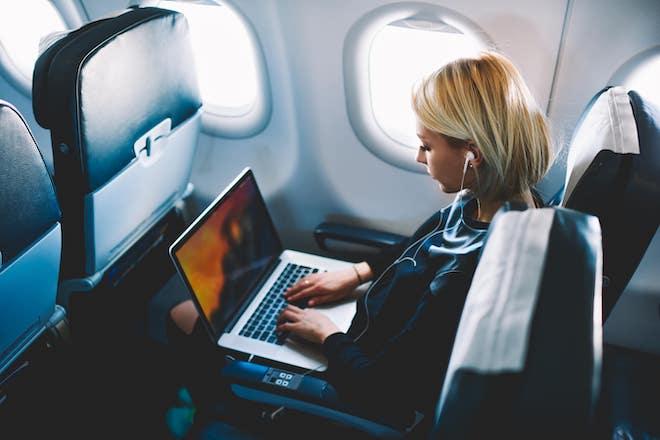 Việt Nam: MacBook Pro bị cấm bay dù là xách tay hay hàng hóa - 1