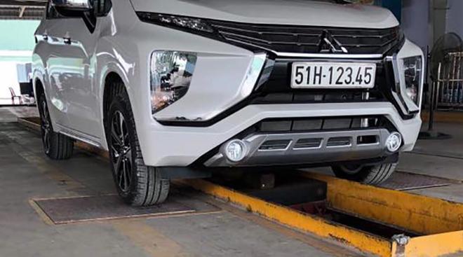 Mitsubishi Xpander bấm được biển số tiến lên hàng khủng - 1