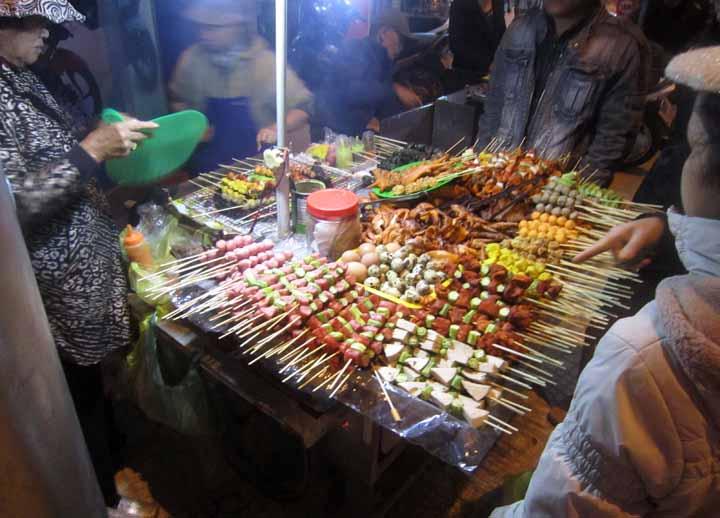Đừng bỏ qua những món nướng tuyệt vời này khi ghé thăm các nước Đông Nam Á - 1