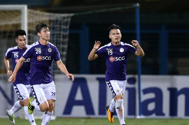 Quang Hải thăng hoa ở Hà Nội FC: Thầy Park mừng hay lo? - 1