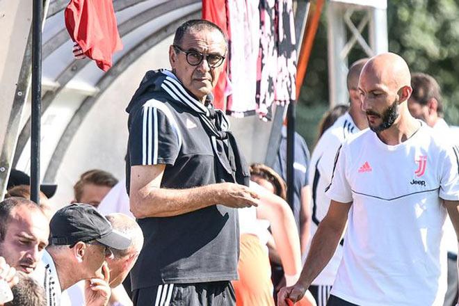 Juventus lao đao Serie A: Thầy Ronaldo hút 60 điếu thuốc/ngày bị trả giá đắt - 1