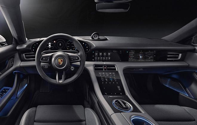 Xe điện Porsche Taycan lộ hình ảnh nội thất đầy công nghệ với 04 màn hình kỹ thuật số - 1