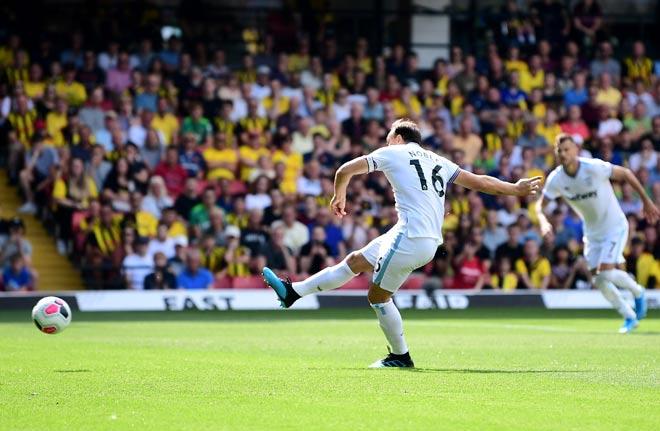 Video highlight trận Watford - West Ham: Chiến thắng ngỡ ngàng, tân binh rực rỡ (Vòng 3 Ngoại hạng Anh) - 1