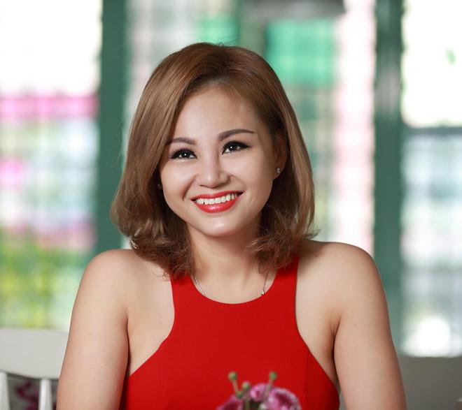 """Lê Giang ngày càng xinh đẹp như gái 30 sau """"đại tu"""" thẩm mỹ - 1"""