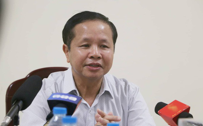 Đang bị đề nghị cách chức, Giám đốc Sở GD-ĐT Hoà Bình xin nghỉ chữa bệnh dài hạn - 1