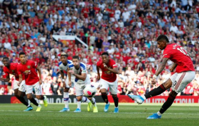"""Điểm nóng vòng 3 Ngoại hạng Anh: Cú sốc MU & Tottenham, Liverpool """"độc bá"""" - 1"""