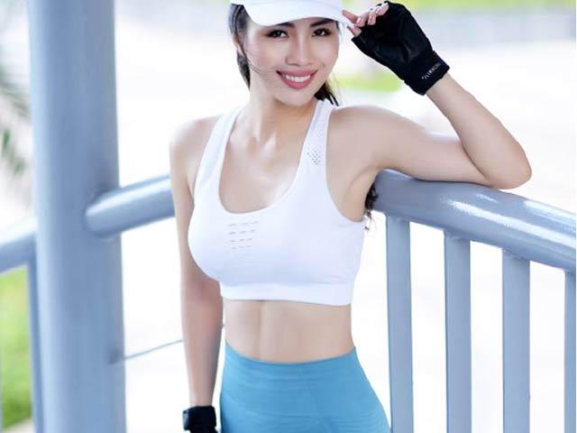 """""""Mỹ nhân tốc độ đẹp nhất Việt Nam"""" làm gì để có 3 vòng hấp dẫn 86-63-94(cm)"""