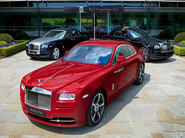 Giá bán các bản tiêu chuẩn của xe Rolls-Royce tại Việt Nam