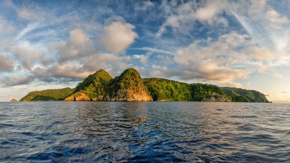 Kho báu tỉ USD chưa ai tìm thấy tại hòn đảo nhỏ bé ở Thái Bình Dương - 1
