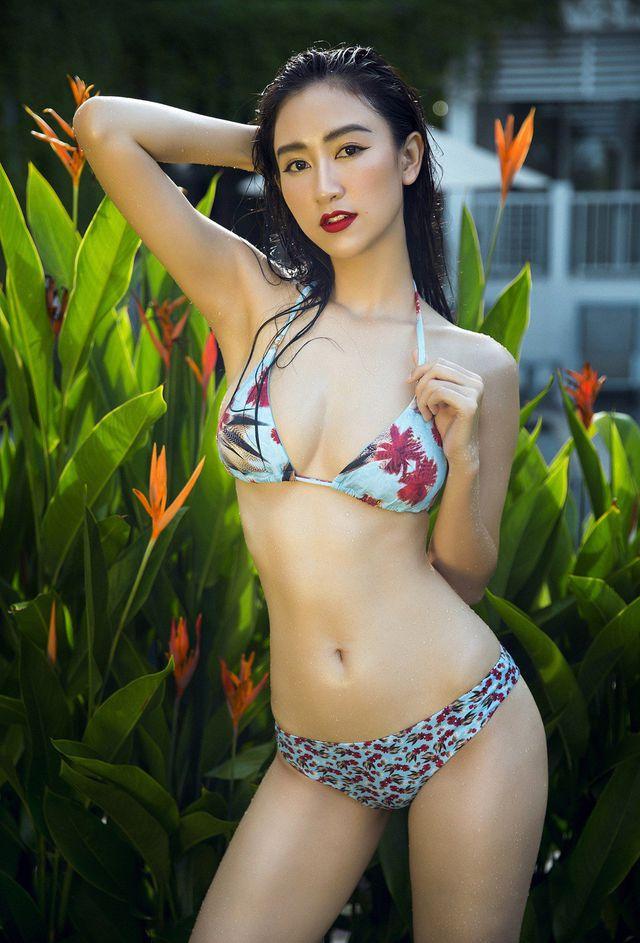 """Hoa hậu bolero xứ Huế: """"Mặc xuyên thấu là xấu che đẹp khoe"""" - 1"""