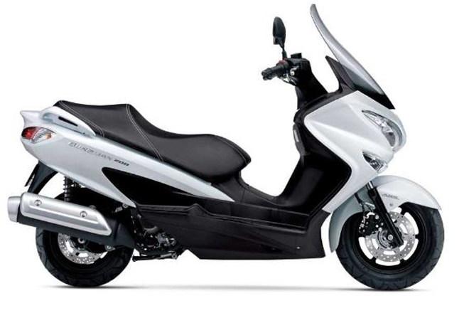 Điểm danh các mẫu xe Suzuki sẽ phát hành năm 2020 (P1) - 1