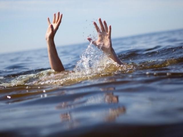 Cậu khuyết tật cứu cháu bị đuối nước, cả hai tử vong