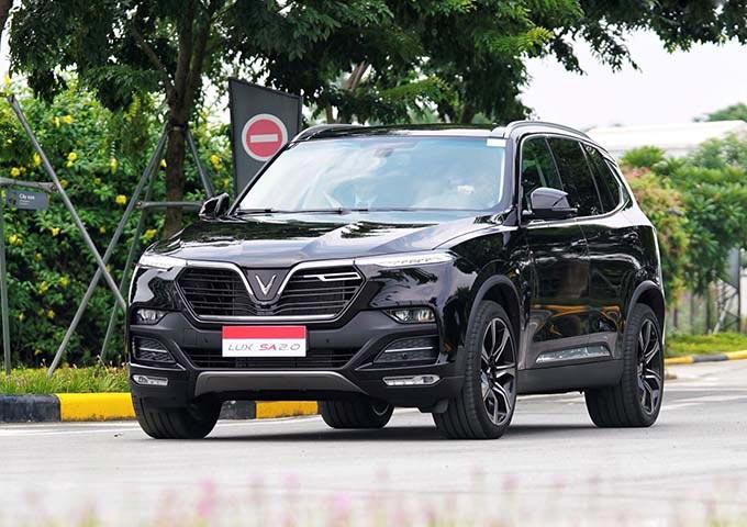VinFast của tỷ phú Phạm Nhật Vượng bất ngờ hoãn kế hoạch tăng giá xe - 1