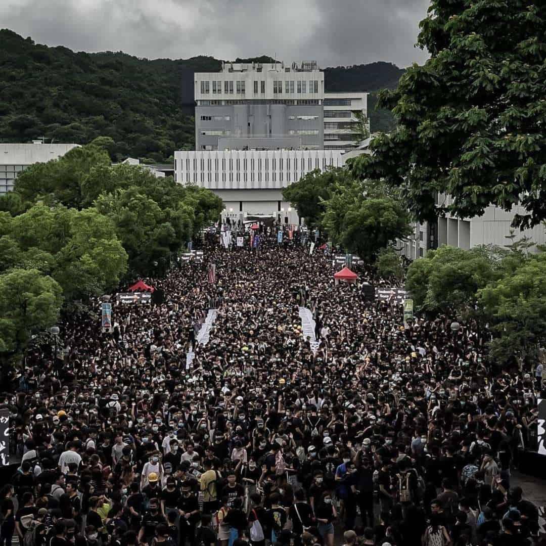 Giữa căng thẳng ở Hong Kong, Trung Quốc gửi cảnh báo lạnh gáy - 1