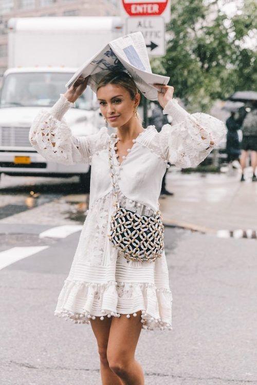 4 lý do nên mặc màu trắng mùa mát - 1