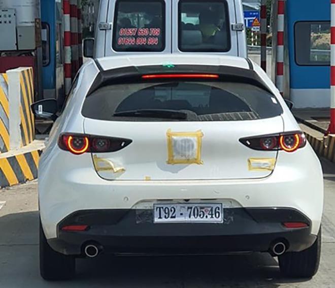 Mazda 3 thế hệ mới bị bắt gặp đang chạy thử tại Việt Nam - 1