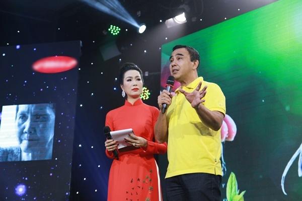Quyền Linh, Trương Quỳnh Anh xúc động trước những bệnh nhân nghèo - 1