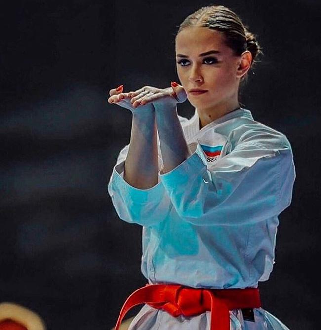 Maria Zotova, 20 tuổi là một võ sỹ karate tài năng của nước Nga.