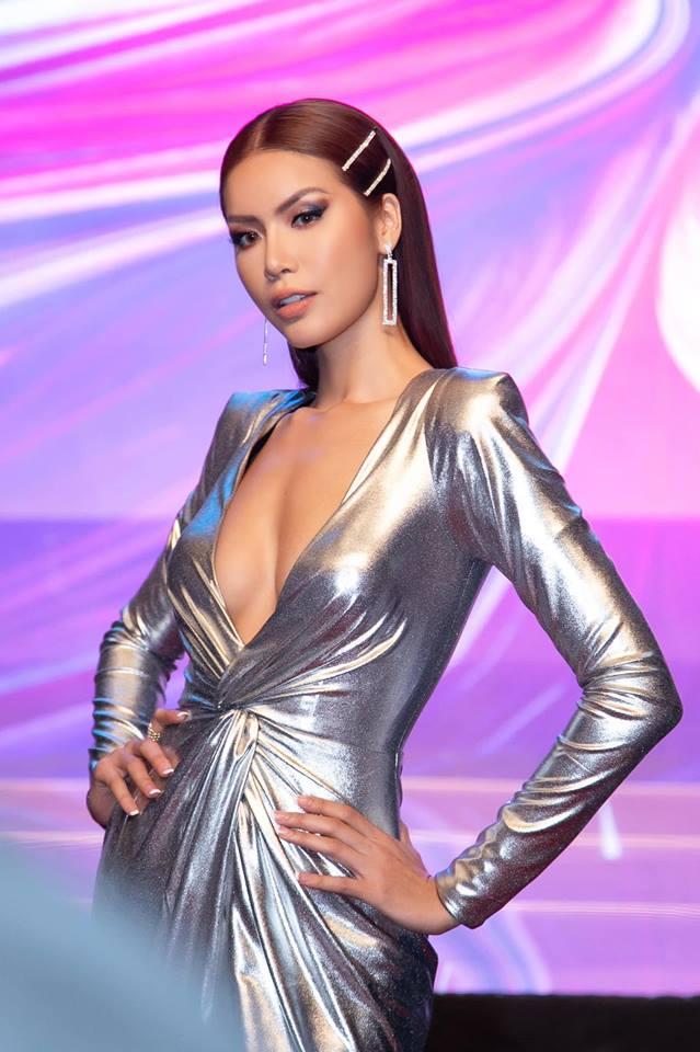 """""""Người mẫu sexy nhất Việt Nam"""" mặc chiếc váy khiêu khích thị giác tột cùng - 5"""