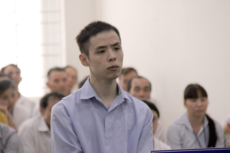 Thanh niên cuồng ghen đâm gục người yêu cũ trên phố Bùi Thị Xuân lĩnh án - 2