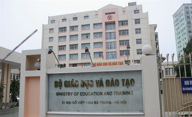 Bộ GD-ĐT huỷ quyết định xem xét kỷ luật 13 công chức liên quan đến gian lận thi cử - 1