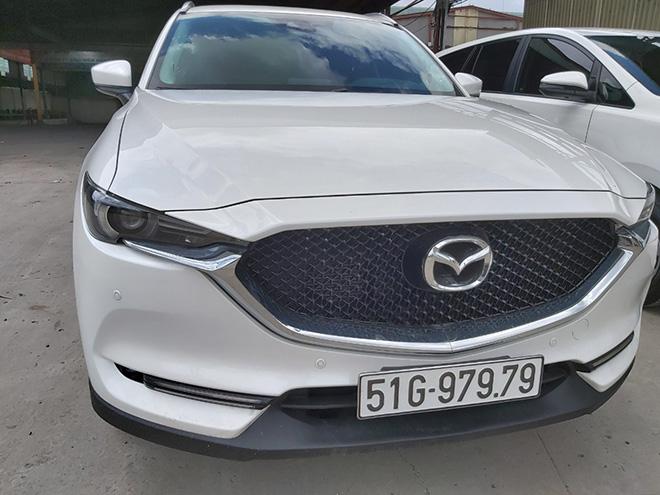 Mazda CX-5 bốc được biển số khủng hét giá hơn 3 tỷ đồng - 1
