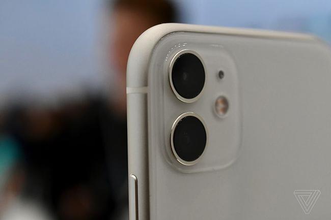 iPhone 11 đã chính thức xuất hiện với 6 tùy chọn màu sắc.