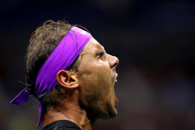 Tiết lộ sốc Nadal không thể tự mặc quần áo: Cái giá của vô địch US Open - 1