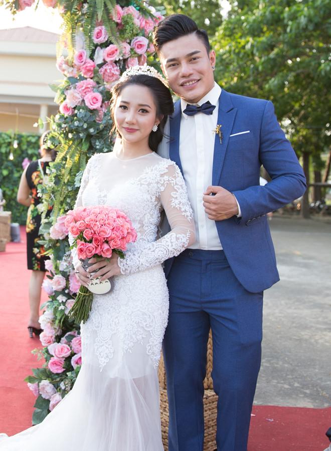 Vợ xinh đẹp của phù rể Trường Giang 'kê' giá cát-xê 500 triệu, ở nhà 7 tỷ là ai? - 1