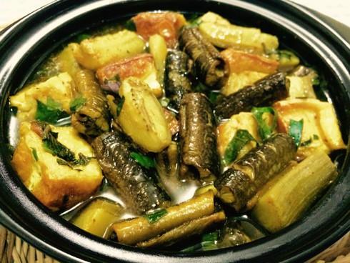 Cách làm món lươn om chuối đậu nóng hổi ngon miệng - 1