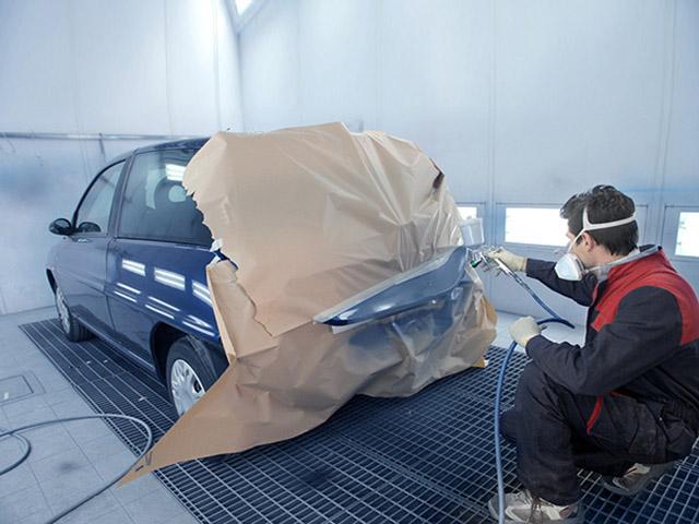 Thay đổi màu sơn nguyên bản của xe ô tô có cần làm lại giấy đăng ký?